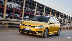 Der Autobauer VW verlängert seinen Überbrückungskredit über 20 Milliarden Euro um ein halbes Jahr.