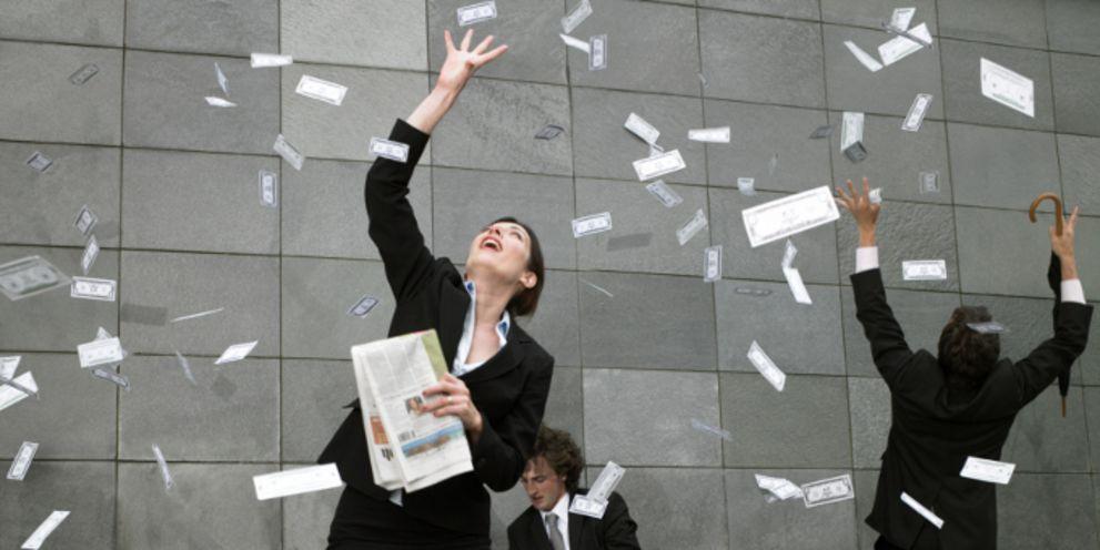 Geldregen: Deutsche Firmen haben zu viel Cash.