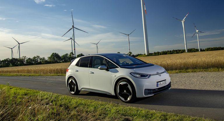 Volkswagen finanziert mit dem Emissionserlös des Green Bonds das vollelektrische Modell ID.3.