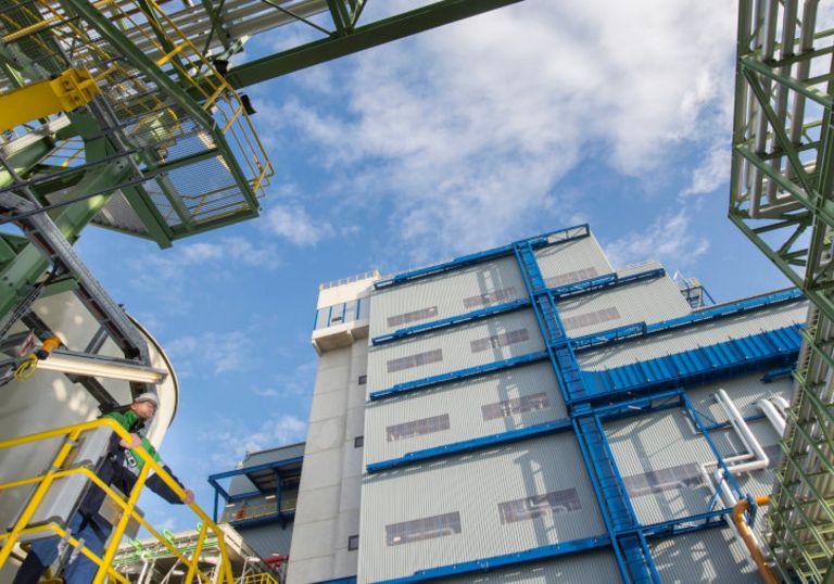 Der Werkstoffhersteller Covestro hat die Verzinsung eines Kredits an die Nachhaltigkeitsperformance des Konzerns gekoppelt.