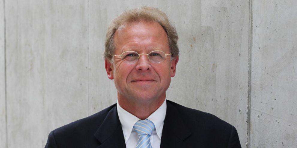 Erich Pohl beteiligt sich an Paij