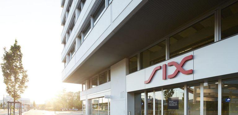Der Schweizer Börsenbetreiber Six schließt den ersten Euro-Bond ab.