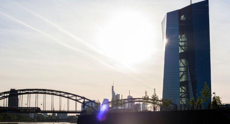 Nach dem Scheitern der Euribor-Reform denkt die EZB jetzt über einen eigenen Geldmarkt-Referenzzinssatz nach.