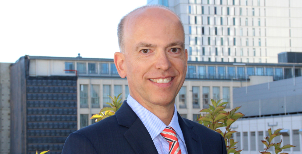 Er leitet seit September das Firmenkundengeschäft Süddeutschland, Österreich und Schweiz der SEB: Jörg Herold.